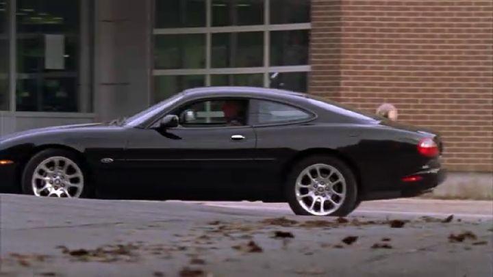 """IMCDb.org: 1998 Jaguar XKR X100 in """"The Dresden Files, 2007"""""""