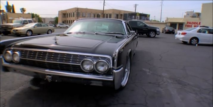 """IMCDb.org: 1962 Lincoln Continental In """"Pawn Stars, 2009-2019"""""""