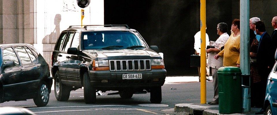IMCDb.org: 1996 Jeep Grand Cherokee Laredo [ZJ] in Better