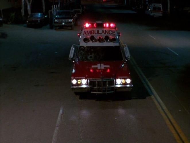 "IMCDb.org: 1989 Ford F-350 Custom Dually in ""The Ambulance ..."