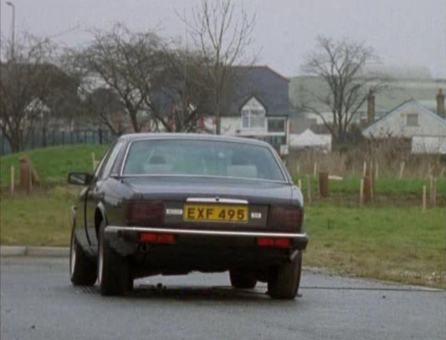 """IMCDb.org: 1987 Jaguar XJ6 XJ40 in """"Bugs, 1995-1999"""""""