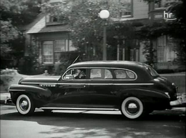 "IMCDb.org: 1941 Buick Limited in ""Conflict, 1945"""