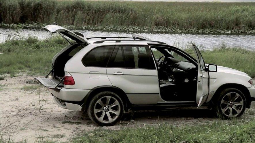 IMCDb.org: 2005 BMW X5 4.8is [E53] in \