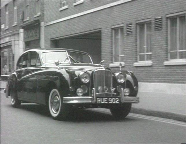 "IMCDb.org: 1955 Jaguar Mk.VII M in ""The Small World of ..."