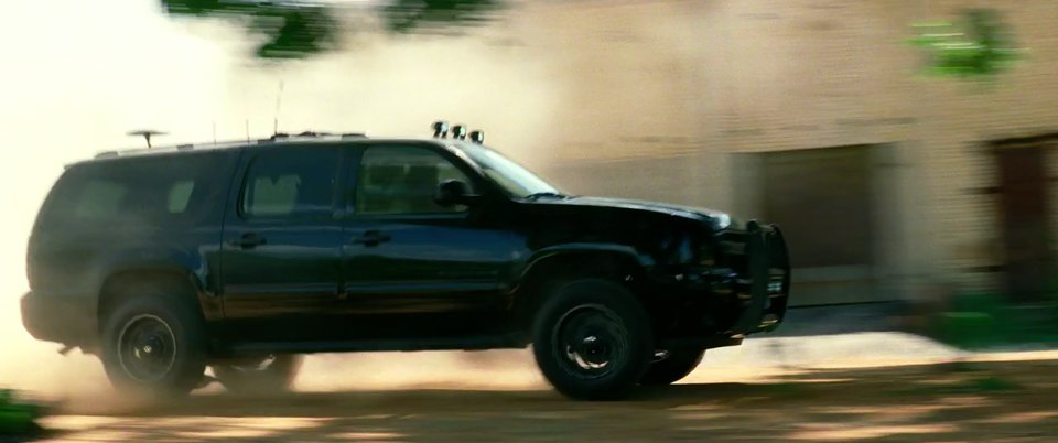 "IMCDb.org: 2007 Chevrolet Suburban in ""Transformers: Age of Extinction, 2014"""