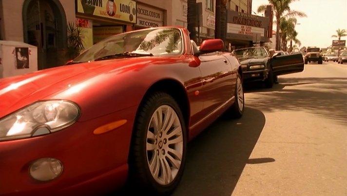 "IMCDb.org: 2005 Jaguar XK8 X100 in ""Veronica Mars, 2004 ..."