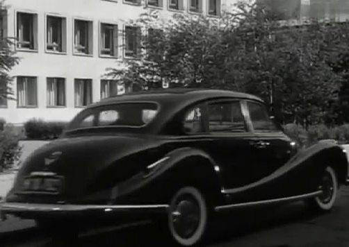 """IMCDb.org: 1955 BMW 501 V8 in """"Die unentschuldigte Stunde ..."""